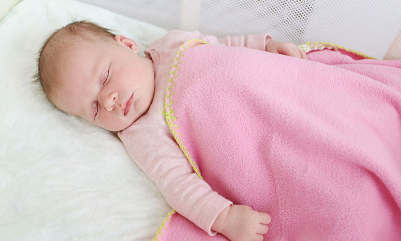 52fb8bcd453 Top 5 Reasons to use a Travel Crib at Home - Child Safety Experts