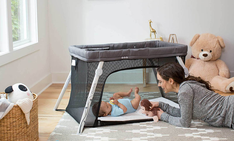 cfdd29be456 The Complete Guide to Travel Cribs - Child Safety Experts